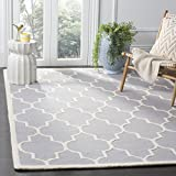 Safavieh CAM134D-8 Cambridge Collection Area Rug, 8' x 10', Silver/Ivory