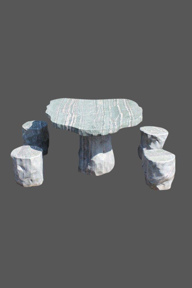 Garten Garnitur aus Naturstein (Tisch + 4 Hocker)