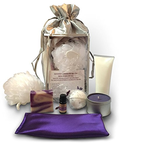 gift basket with candles - 9