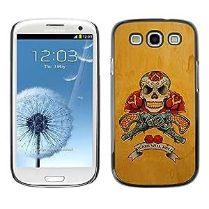 Be-Star Único Patrón Plástico Duro Fundas Cover Cubre Hard Case Cover Para SAMSUNG Galaxy S3 III / i9300 / i747 ( Gold Revolver Guns Red Live Free Skull )