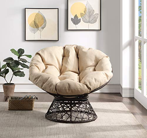 Melt into this boho-style wicker chair