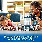 LEGO-City-Police-Stazione-di-Polizia-con-un-Edificio-a-tre-Piani-due-Macchinine-una-Moto-un-Drone-e-6-Minifigures-tra-cui-Duke-DeTain-Chief-Wheeler-e-Daisy-Kaboom-per-Bambini-9-Anni-60246