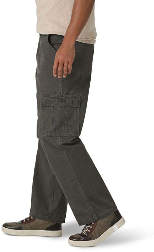 Wrangler Men's Classic Twill Relaxed Fit Cargo Pant at  Men's Clothing store