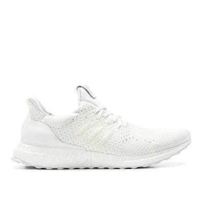 wholesale dealer ca125 75d2b Amazon.com  adidas Consortium x A MA maniere x Invincible Men Ultraboost  Sneaker Exchange (WhiteChalk White)  Fashion Sneakers