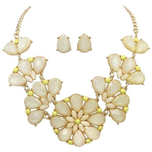 Set Beaded Jewelry Yellow (Gypsy Jewels Flower Large Bib Necklace & Stud Post Earring Set (Cream Light Yellow))