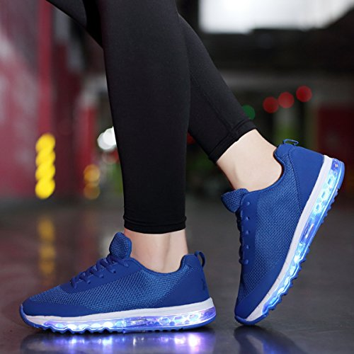 Joymoze Estilosas Zapatillas Informales y Transpirables con Luces Led, Recargables en 7 Colores para Chicos y Chicas con Luces en la Suela Azul