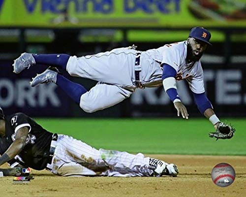 Josh Harrison Detroit Tigers 2019 MLB Action Photo (Size: 8