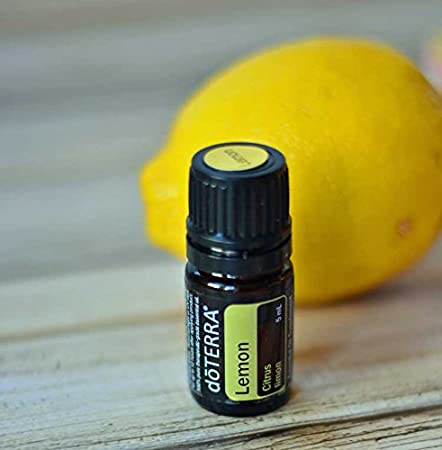 doTERRA - Lemon Essential Oil - Supports Healthy Respiratory Function, Energized and Positive Mood, Refreshing Natural Cleansing and Digestive Benefits; For Diffusion, Internal, or Topical Use - 15 ml 3012