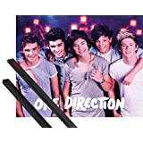 Poster + Hanger: One Direction Mini Poster (20x16 inches) On Stage And 1 Set Of Black 1art1® Poster Hangers