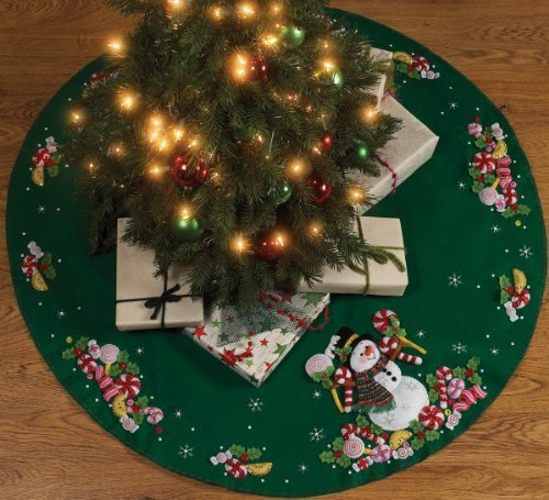 Bucilla Candy Snowman Tree Skirt Felt Applique Kit-43