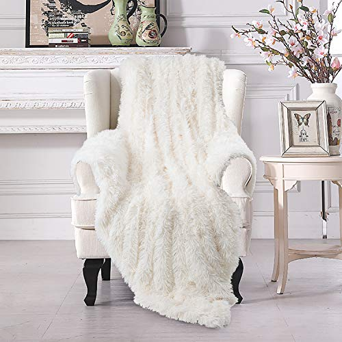 VaryCarry Warm Shaggy Sherpa Blankets Fluffy Soft Fuzzy Faux Fur Throw Blanket for Xmas Couch Sofa Photo Home Decor Cream White Bed Throw Size (White Furry Blanket)