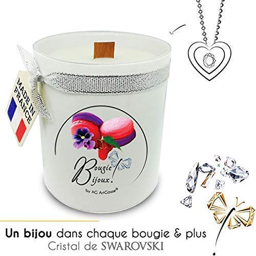 Bougie Bijoux Macaron Framboise Violette avec Cristal de Swarovski. Parfum de Grasse et mèche en bois. Le bijou caché se dévoile après 30 minutes ! Coffret CADEAU Pendentif