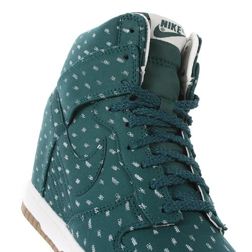 Nike Dunk sky high print 543258300, Baskets Mode Femme