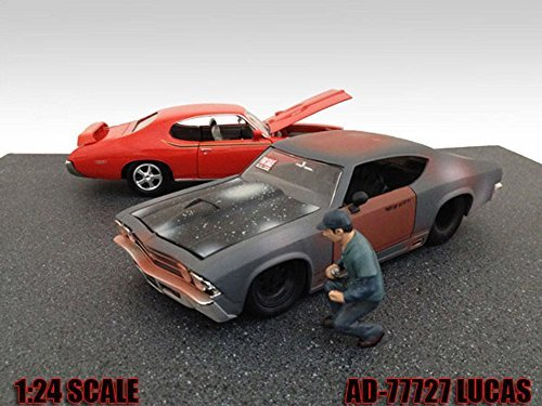 Mechanic Lucas Figurine For 1 24 Diecast Model Cars by American Diorama 77727 by American Diorama