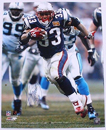 Signed Kevin Faulk Photograph - 16x20 - Autographed NFL Photos