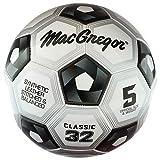 MacGregor bola de clásico del fútbol