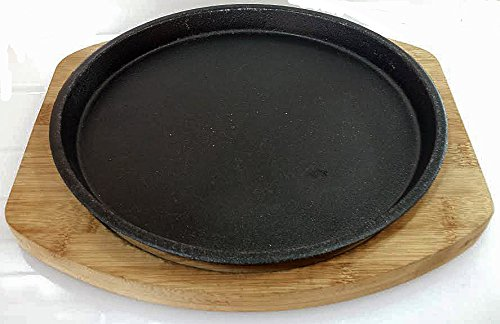Round Cast Iron Set W/ Bamboo Underliner (10.25