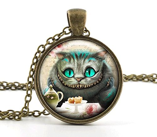 Vintage Alice in Wonderland Pendant Necklace - Cheshire Cat Jewellery -