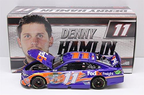 Lionel Racing Denny Hamlin #11 FedEx Freight 2017 Toyota Camry 1:24 Scale ARC HOTO Diecast Car