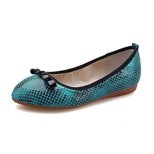 VogueZone009 Women's Pu Low Heels Round Closed Toe Assorted Color Pull On Pumps-Shoes Green