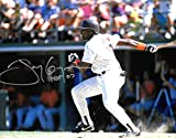 Tony Gwynn Padres Autographed Signed 8 x 10 Photo --C.O.A. - (Mint Condition)