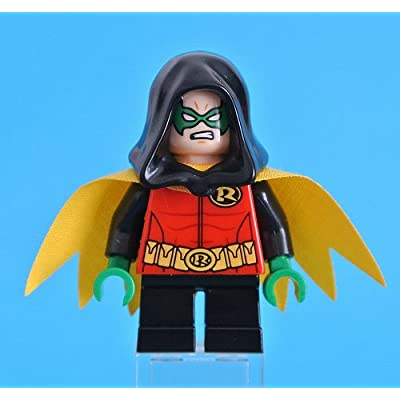 LEGO Robin Minifigure Exclusive with Hood 76056 DC Super Heroes: Toys & Games