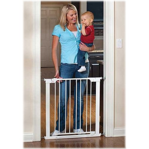 Cheap KidCo Auto Close Center Gateway