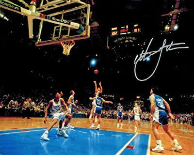 Christian Laettner Signed Duke 'The Shot' Full View Game Winner vs Kentucky 8x10 Photo
