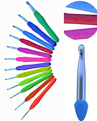 Crochet Hooks Ergonomic 12 AMERICAN LETTER SIZES W/ METRIC Stamped in Handle B 2.25mm ~ L 8mm Soft Comfort Grip Crochet Hook Set - Perfect Crocheting Needle Tools for Arthritic or Painful Hands