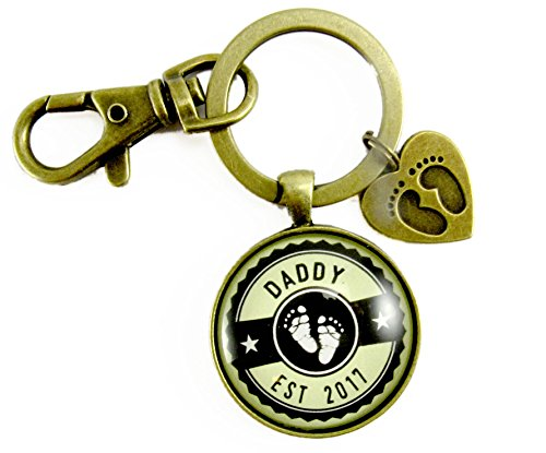 Daddy Established 2017 Keychain New Dad First Father's Day Vintage Bronze Keychain Baby Feet Charm