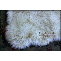 Fur Accents Sheepkin Area Rug Collection / White Arctic Fox Faux Fur Accent Rug / Rectangle with Soft Scalloped Edges and Rounded Corners / 5x8