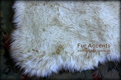 Fur Accents Sheepkin Area Rug Collection / White Arctic Fox Faux Fur Accent Rug / Rectangle with Soft Scalloped Edges and Rounded Corners / (Fox Fur Rug)