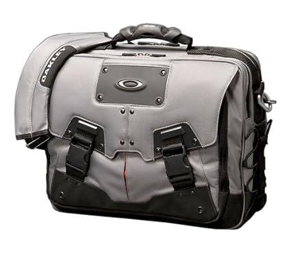 Amazon.com  Oakley Computer Bag 2.0 5887776a890c3