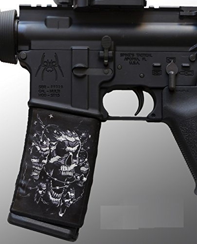 ultimate-arms-gear-ar-mag-cover-socs-for-30rd-steel-aluminum-usgi-mags-black-white-skulls