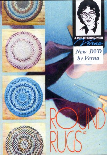 round-rug-braiding-with-verna