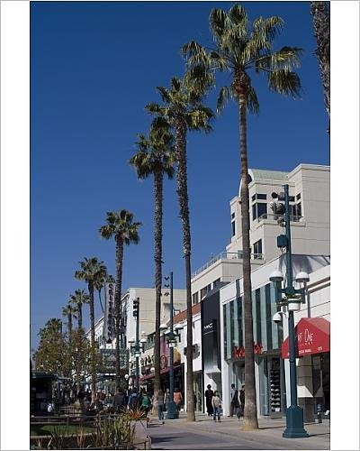Photographic Print of Third Street Promenade, Santa Monica, California, United States of - Santa Monica Third Street Promenade