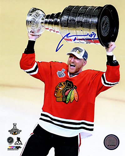 - Marian Hossa Autographed/Signed Chicago Blackhawks 2015 Stanley Cup Holding Trophy 8x10 Photograph - Authentic Signature