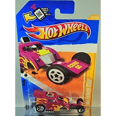Hot Wheels 2012 New Models Altered Ego Magenta #39/247: Toys & Games