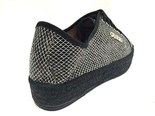 Guess Damen Sneaker Schnürschuhe Schwarz