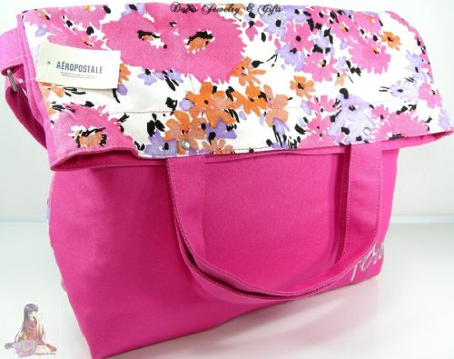 (Aeropostale Floral Design Cosmetic Bag Tote by Aeropostale)