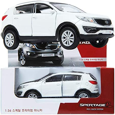 KIA SPORTAGE R 2013 Diecast White//1:36//Front door//Pul back