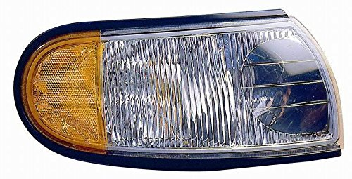 Passenger Fleetwood Expedition 2006-2008 RV Motorhome Right Replacement Front Corner Park Light