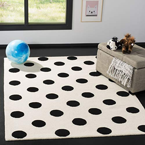 Safavieh Kids Collection SFK904D Handmade Ivory and Black Polka Dot Wool Area Rug (4