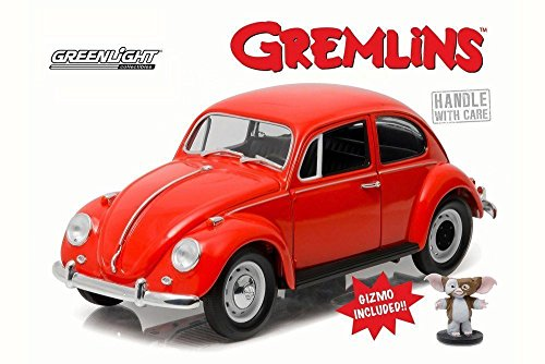 - New 1:18 GREENLIGHT HOLLYWOOD GREMLINS COLLECTION - ORANGE 1967 VOLKSWAGEN BEETLE WITH GIZMO FIGURE Diecast Model Car By Greenlight