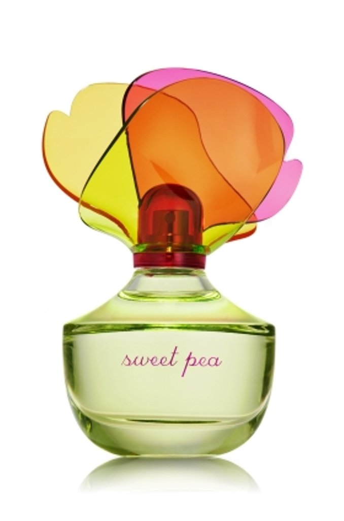 Bath and Body Works Sweet Pea Eau De Toilette Perfume Spray 2.5 Ounce Decorative Collectors Bottle New In Box
