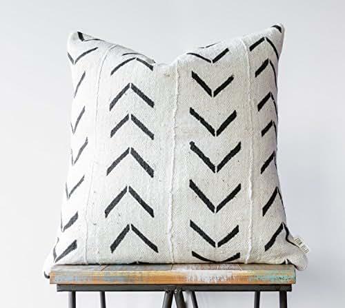 Sensational Amazon Com Authentic African Mudcloth Decorative Pillow Uwap Interior Chair Design Uwaporg
