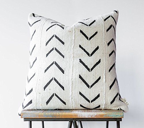 Authentic African Mudcloth Decorative Pillow // White w/ Black Tribal Pattern (18