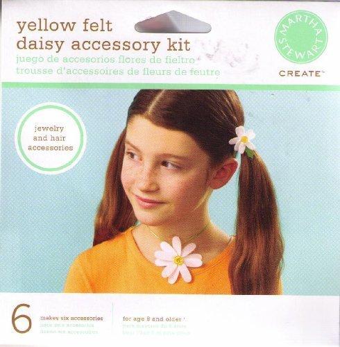 martha-stewart-create-yellow-felt-daisy-accessory-kit