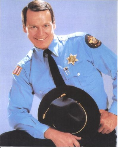 Sonny Shroyer as Enos in The Dukes of Hazzard close up in uniform 8 x 10 photo