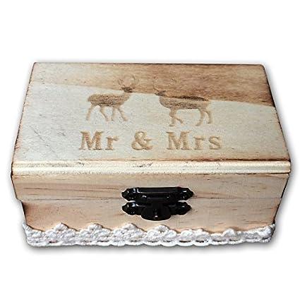 Cute pareja de ciervos con el Señor y la señora rústico de madera soporte de anillo